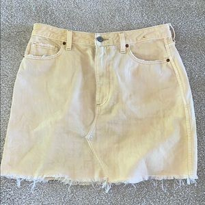 Lightly worn mini yellow jean skirt
